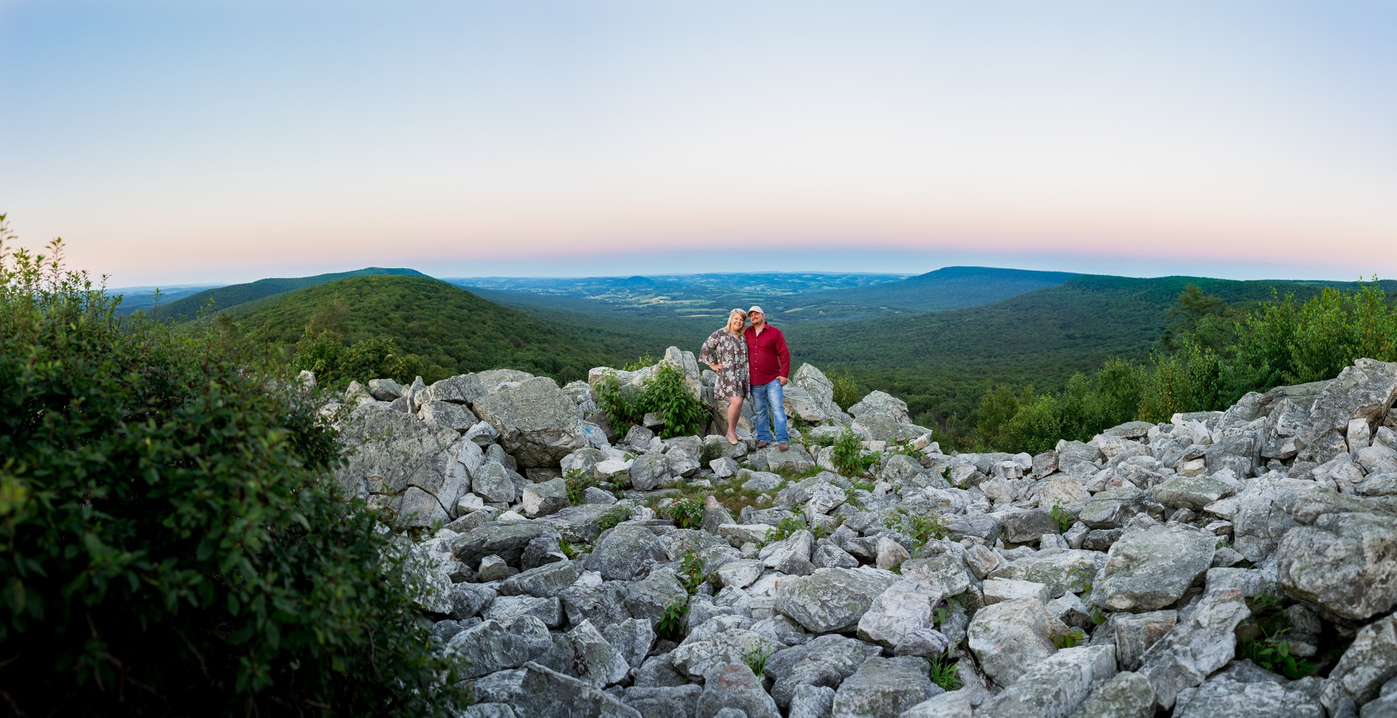 hawk-mountain-engagement-photography